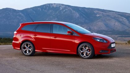 2011 Ford Focus ST wagon 7