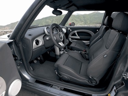 2006 Mini Cooper S with John Cooper Works GP kit 18