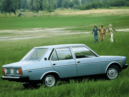 1974 Fiat 131 Mirafiori Special 4-door 3