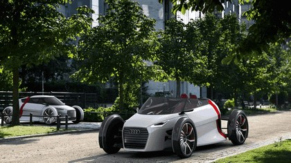 2011 Audi urban concept spyder 31