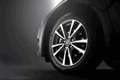 2011 Toyota Avensis 9