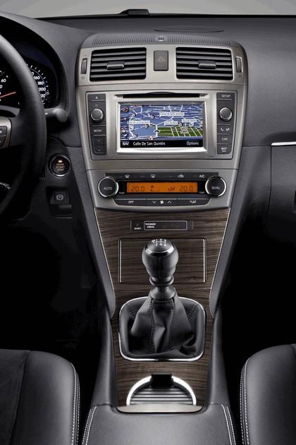 2011 Toyota Avensis 28