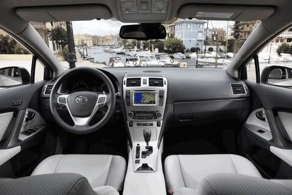 2011 Toyota Avensis SW 31