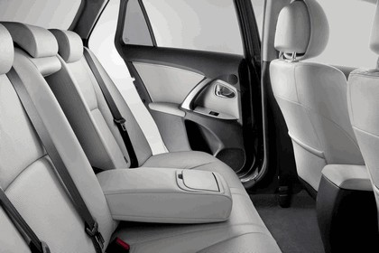 2011 Toyota Avensis SW 37