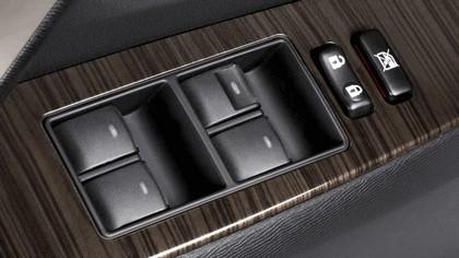 2011 Toyota Avensis SW 39