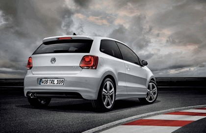 2011 Volkswagen Polo R-Line 2