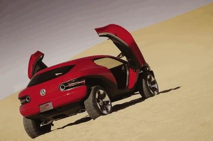 2004 Volkswagen Concept T 2