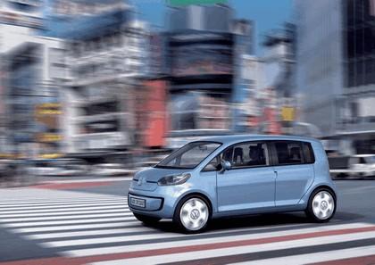 2007 Volkswagen Concept space up 4