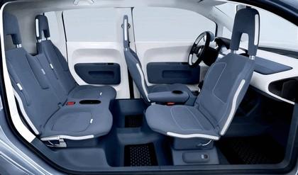 2007 Volkswagen Concept space up 12