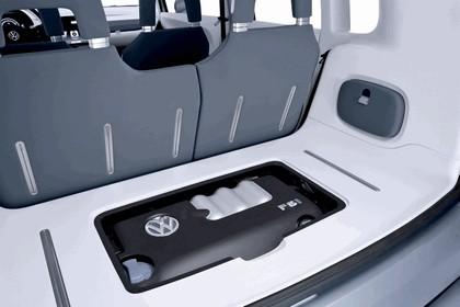 2007 Volkswagen Concept space up 15