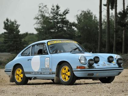 1965 Porsche 911 SWB - FIA rally car 4