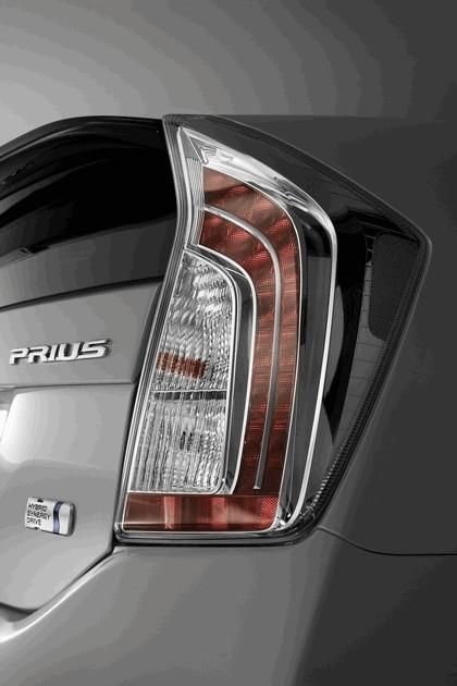 2011 Toyota Prius ( ZVW30 ) 8