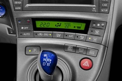 2011 Toyota Prius ( ZVW30 ) 13