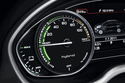 2011 Audi A8 hybrid 10