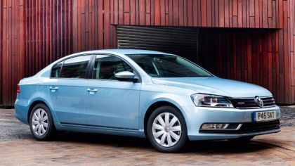 2010 Volkswagen Passat BlueMotion - UK version 5