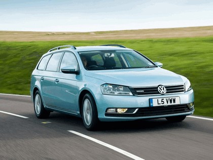 2010 Volkswagen Passat BlueMotion variant - UK version 2