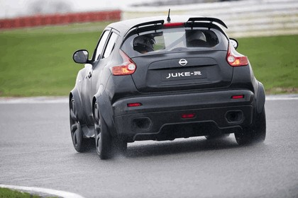 2011 Nissan Juke-R concept 26
