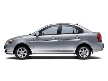 2006 Hyundai Accent 15