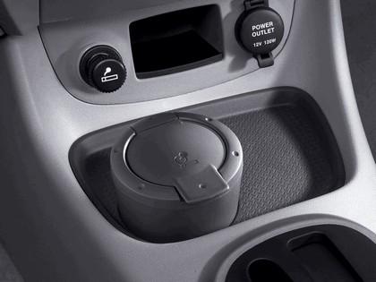 2006 Hyundai Accent 23