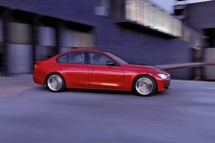 2011 BMW 3er ( F30 ) sport line 8