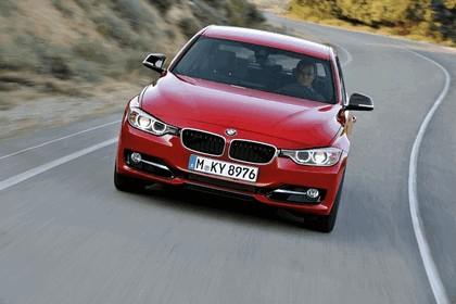 2011 BMW 3er ( F30 ) sport line 11