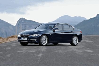 2011 BMW 3er ( F30 ) luxury line 1