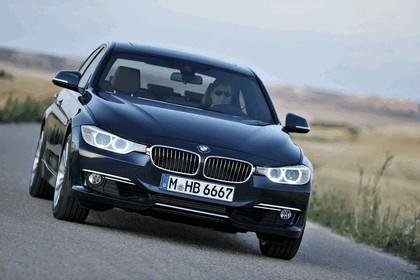 2011 BMW 3er ( F30 ) luxury line 6