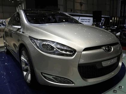 2006 Hyundai HED-2 Genus concept 32