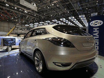 2006 Hyundai HED-2 Genus concept 36