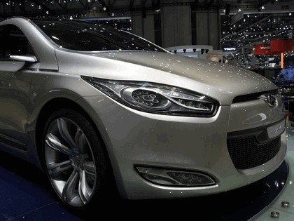 2006 Hyundai HED-2 Genus concept 38