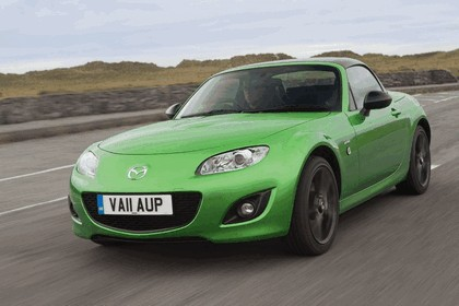 2011 Mazda MX-5 sport black - UK version 20