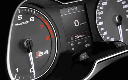 2012 Audi S4 Avant 18