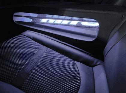 2011 Kia Forte 5-door Hat Trick 13