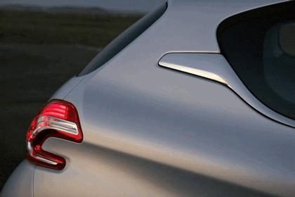 2011 Peugeot 208 3-door 21