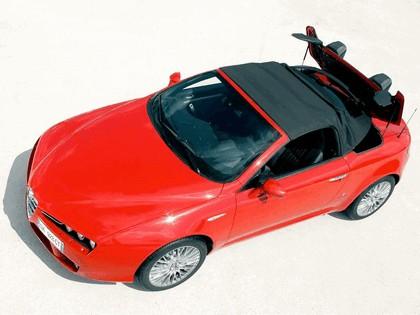 2006 Alfa Romeo Spider 17