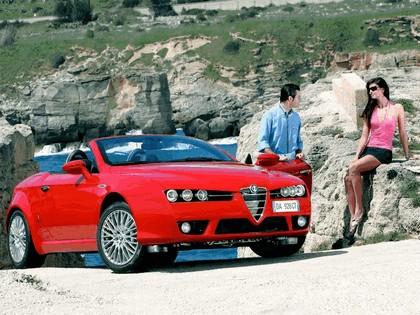 2006 Alfa Romeo Spider 22