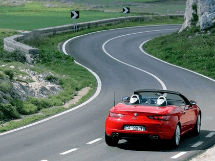2006 Alfa Romeo Spider 38