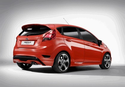 2011 Ford Fiesta ST concept 3