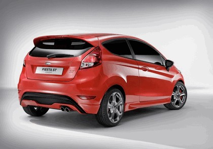 2011 Ford Fiesta ST concept 6