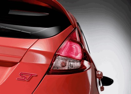 2011 Ford Fiesta ST concept 20