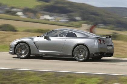 2012 Nissan GT-R ( R35 ) 3