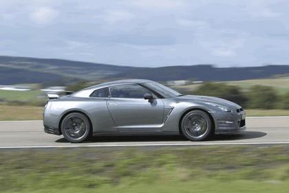 2012 Nissan GT-R ( R35 ) 5