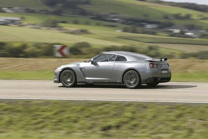 2012 Nissan GT-R ( R35 ) 6