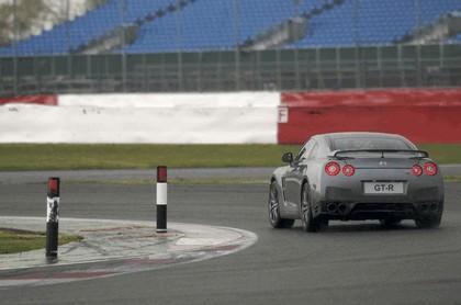 2012 Nissan GT-R ( R35 ) 11