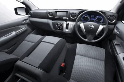 2011 Nissan NV350 5
