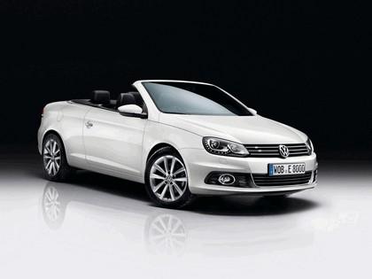 2011 Volkswagen Eos Sport & Style 1