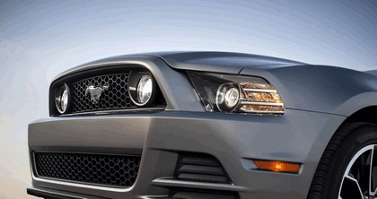 2013 Ford Mustang GT convertible 10