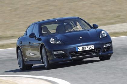 2011 Porsche Panamera ( 970 ) GTS 1