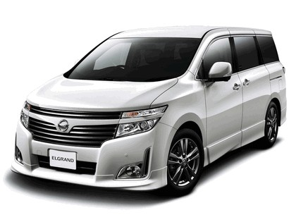 2011 Nissan Elgrand ( E52 ) Highway Star Urban Chrome 1