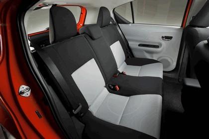 2011 Toyota Prius c 32